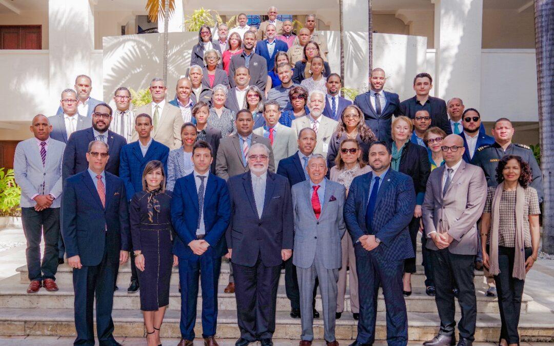 Se pone en práctica el Acuerdo de Cooperación académica entre el IHLADI y el Instituto de Educación Superior en Formación Diplomática y Consular de la República Dominicana
